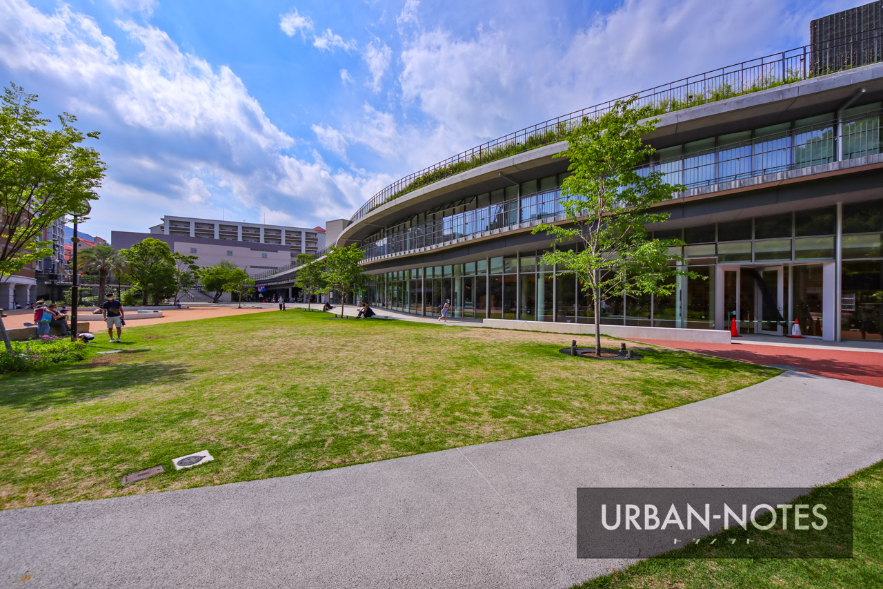 宝塚市立文化芸術センター (宝塚ガーデンフィールズ跡地) 2021年6月 05